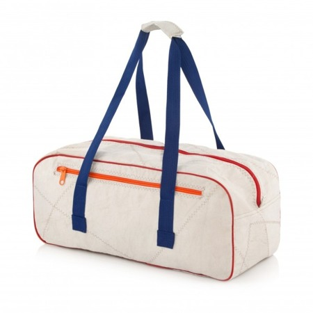Medium Duffle - LESTE